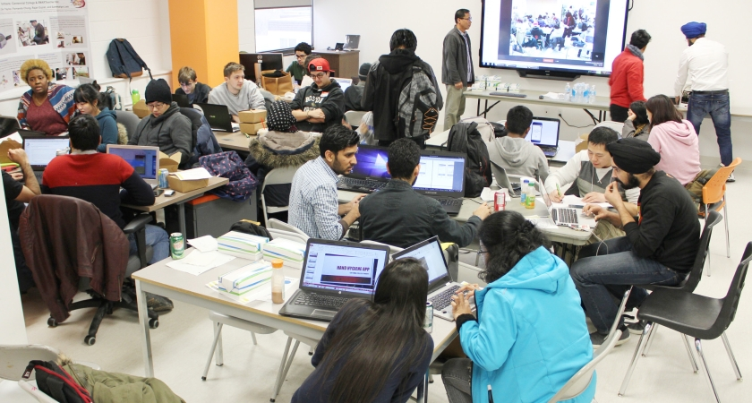 Hackathon challenges students to create healthcare apps